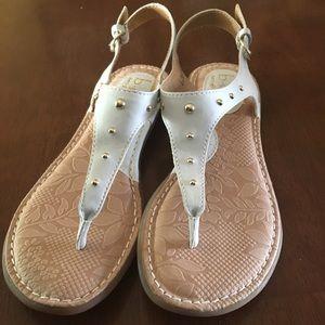 6b5411d31aa5 b.o.c. Shoes - B.o.c Candia Thong Sandal White Studded size 6