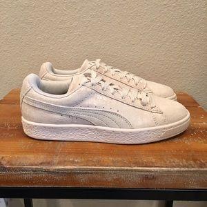 Puma Shoes - Women's Cream Suede Pumas