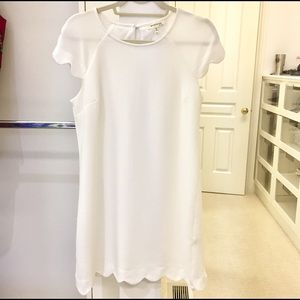 Scallop hem white dress