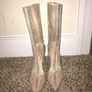 Shoes - Pointed toe clear boot