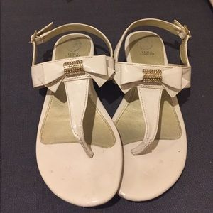 Vince Camuto Bow Flat Fashion Sandals Shoes 5
