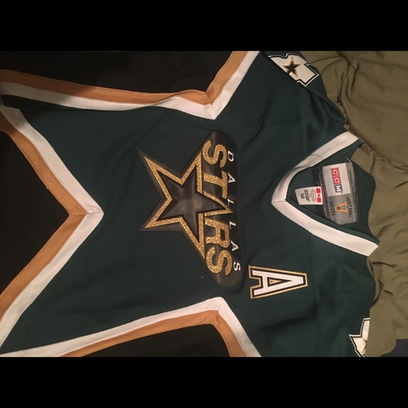 best loved 110a2 93bfa Mike Modano Dallas Stars Throwback Jersey