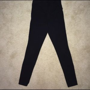 Old Navy Pants - Black maternity leggings
