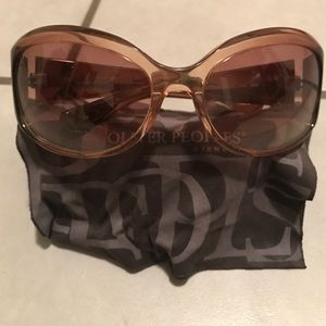 Oliver Peoples Accessories - Oliver Peoples Tara sunglasses with case