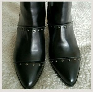 Report Shoes - Studded ankle booties