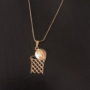 Jewelry - 14k Gold necklace and pendant