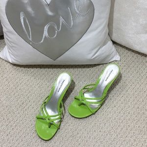 PREDICTIONS Shoes - PREDICTIONS lime green shoe with kitten heel