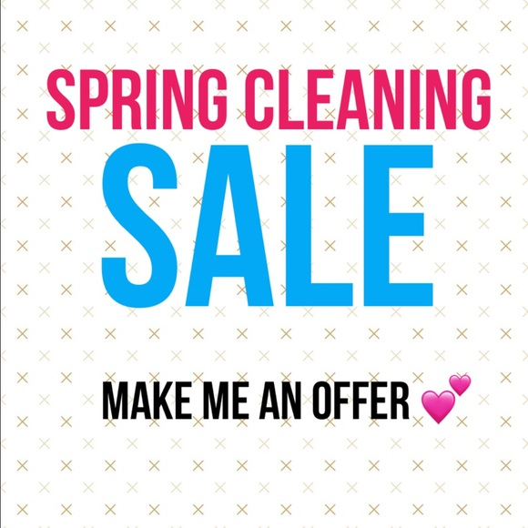 Tops - *SPRING CLEANING - make me an offer on all items *