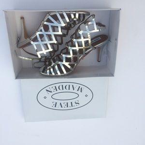 Steve Madden Shoes - New Steve Madden Silver Heel