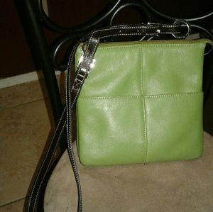 Aurielle Handbags - 💖 TEMPORARY PRICE CUT Green Leather Crossbody