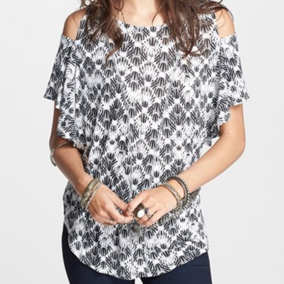 7455b309474f6e Free People Tops - Free People We The Free Cold Shoulder Seamed Tee