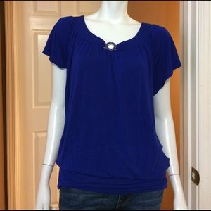 Spense Tops - Blue Short Sleeve Tunic with Decorative Gold Neck