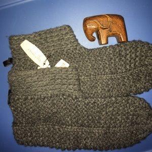 Victoria's Secret Accessories - M/L wool/cashmere booties Victoria's Secret