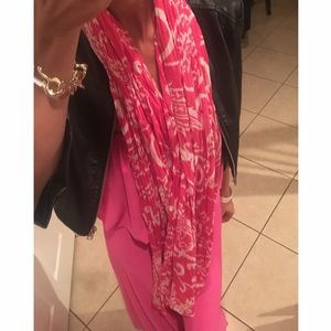 Other - Pink & white scarf