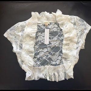 Zenana Outfitters Jackets & Blazers - Cream Lace Bolero Shrug