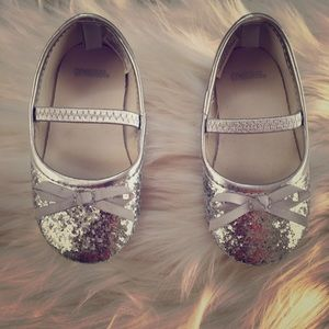 Gymboree Other - Baby girl Silver glitter baby dress shoes