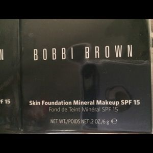 Make mineral foundation
