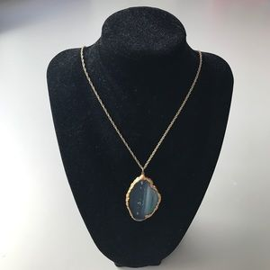 Jewelry - Handmade agate stone necklace