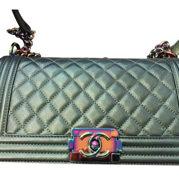 2fbec8679ccd Iridescent Chanel Boy Bag