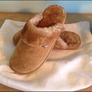Lamo Shoes - LAMO SLIPPERS