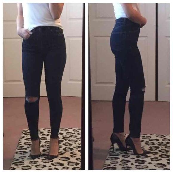 7df74e0f1ff TopShop Jamie High Waist Skinny Ripped Ankle Jeans.  M_58bc37aa2ba50a1b9a00722f