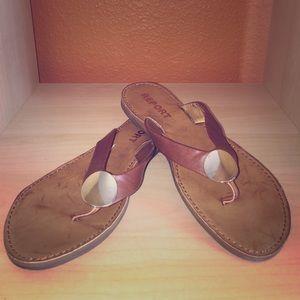 NWOT Report Brown Sandals w/ Gold Medallion Sz 6