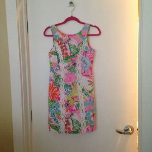 Dresses & Skirts - Noise posey shift dress