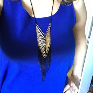 Jewelry - Stylish glamorous black and gold necklace