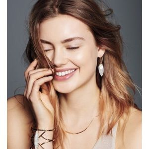 🎉HP🎉Stella & Dot reversible necklace