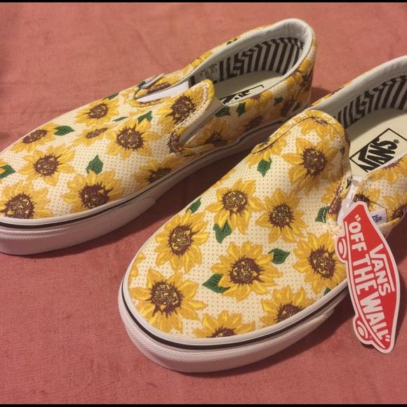 820f4a732cd Vans slip on sunflower women s 9.5 men s 9.5