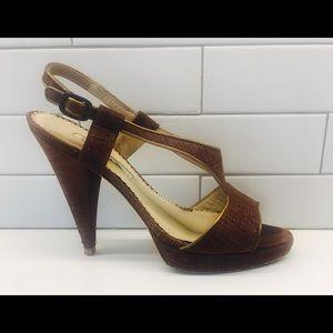 Oscar de la Renta Shoes - Oscar de la renta brown leather heals