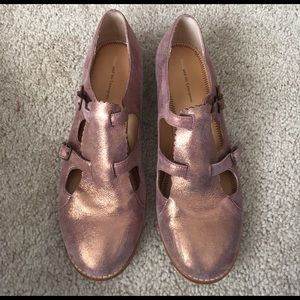 Anthropologie Shoes - Anthropologie pink gold cutout Oxford shoes 9.5