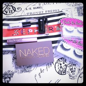 Urban Decay Other - LE Sephora Makeup Grab Bag