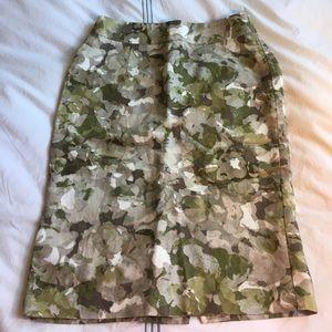 Banana Republic Dresses & Skirts - Banana Republic floral pencil skirt