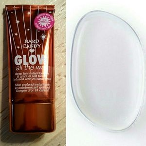 Hard Candy Other - Hard Candy Glow All The Way 438 & Beauty Blender