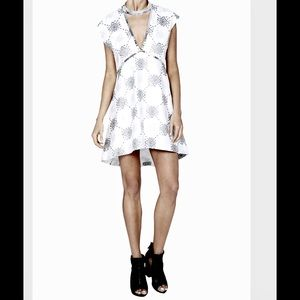 sass & bide Dresses & Skirts - 💠Luxurious Sass & Bide Resort Dress