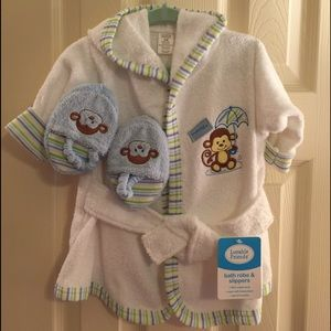 Luvable Friends Other - NWT Luvable Friends Baby Bathrobe Slippers 0-9 mos