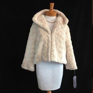 Jennifer Lopez Jackets & Blazers - Jennifer Lopez Vintage look Faux Fur jacket