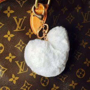 Accessories - White faux fur heart Pom Pom keychain