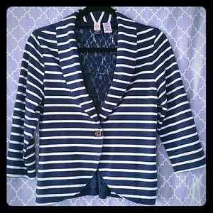 love on a hanger Jackets & Blazers - Adorable blazer with lace detail!