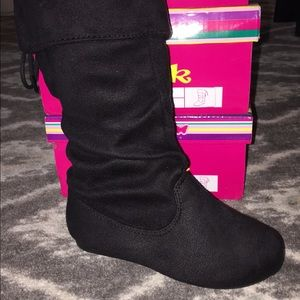 Other - Kids black suede boots-FIRM