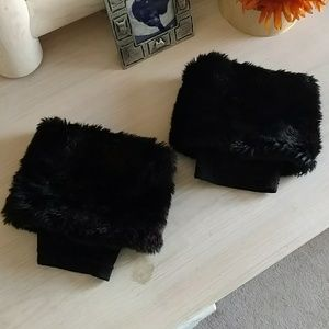Unlisted Other - Black fur boot toppers