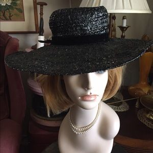 Vintage Accessories - Vintage Black Straw Molded Floppy Hat