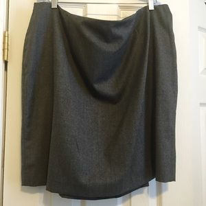 Talbots Dresses & Skirts - NWT Talbots Italian Wool Flannel Pencil Skirt-22WP