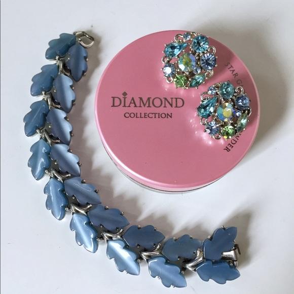 Lisner Jewelry - VINTAGE LISNER BLUE THERMOSET OAK LEAF BRACELET