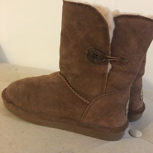 BearPaw Shoes - 😺 Weekend Sale 😺Bearpaw Rosie Bootie