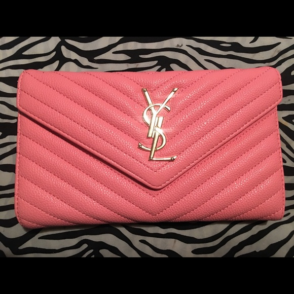 100% high quality marketable brand quality Pink YSL Clutch bag•