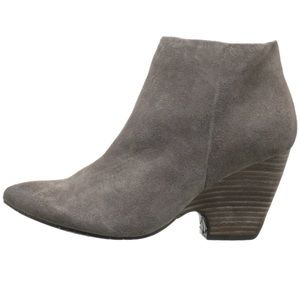 Kenneth Cole Reaction Cheese Please Bootie