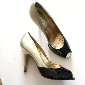 Nicole Miller Shoes - Nicole Miller Gold & Black Patent Leather Pumps 10