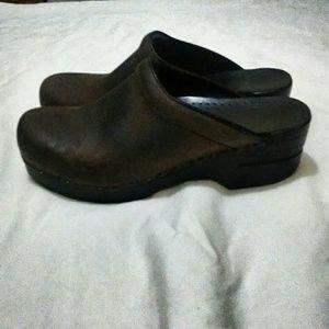 Dansko Shoes - Dansko sonja like new condition size 37